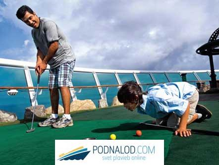 RCCL Voyager of the seas - minigolf